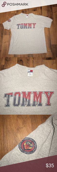 Large Vintage Tommy Hilfiger Spell Out Shirt Gray Excellent condition Tommy Hilfiger Shirts Tees - Short Sleeve