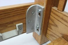 No Mortise Bed Rail Brackets / Fittings HeadBoard/FootBoard Build A Headboard, Headboard And Footboard, King Headboard, Headboards, Bed Slats, Bed Rails, Bed Frame Hardware, Muebles Home, Woodworking Furniture Plans