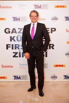 #Alibaba Türkiye Temsilcisi #Eglober'ın Genel Müdürü Orkan Aytulun , #TİM, #GAİP, #Turkishtimes, #DHL'inde katkılarda bulunduğu #Gaziantep Küresel Fırsatlar Zirvesi'ndeydi...