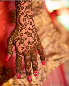 From modern to traditional, from simple to heavy, here are 25 latest bridal mehndi designs for 2019 for your wedding. Discover the top new mehndi trends! Dulhan Mehndi Designs, Mehendi, Peacock Mehndi Designs, Latest Bridal Mehndi Designs, Simple Arabic Mehndi Designs, Full Hand Mehndi Designs, Modern Mehndi Designs, Wedding Mehndi Designs, Mehndi Design Images