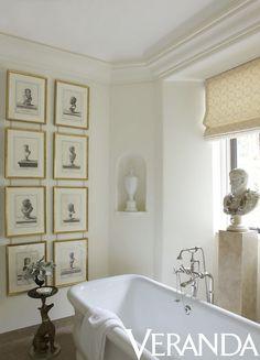 Roman shade in Classic Cloth cotton. Image originally appeared in the September/October 2012 issue of Veranda. INTERIOR DESIGN BY MATTHEW WHITE Luxury Interior Design, Interior And Exterior, Interior Ideas, Interior Inspiration, Roman Bathroom, Master Bathroom, Bathroom Artwork, Washroom, Parisienne Chic