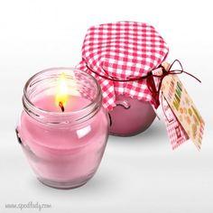 M�wisz guma balonowa myślisz – moje dzieciństwo. Zamknęliśmy zatem zapach dzieciństwa w naszych świeczkach. Niemożliwe