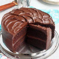 Baking Recipes, Cake Recipes, Dessert Recipes, Food Cakes, Cupcake Cakes, Best Moist Chocolate Cake, Chocolate Frosting, Chocolate On Chocolate Cake, Moist Chocolate Fudge Cake Recipe