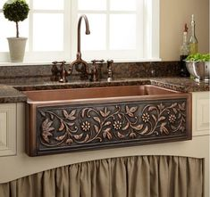 Vine Design Copper Farmhouse Sink - Kitchen Add a touch of natural beauty to your kitchen with this copper farmhouse sink. Pair with a rustic kitchen faucet for a shabby chic style that will enhance your home. Rustic Kitchen Faucets, Copper Farmhouse Sinks, Farmhouse Sink Kitchen, Copper Kitchen, Shabby Chic Kitchen, Shabby Chic Homes, Kitchen Redo, New Kitchen, Country Kitchen