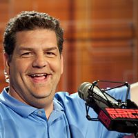 ESPN radio host Mike Golic is taking his diabetes seriously after a bout with low blood sugar at the gym. Find out how Golic is inspiring others.