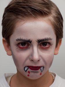 Bildergebnis für vampir schminken kind