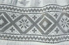 Hardanger embroidery (Hardangersøm) is a traditional Norwegian embroidery… Hardanger Embroidery, Folk Embroidery, Embroidery Patterns, Paper Embroidery, Doily Patterns, Dress Patterns, Swedish Weaving, Drawn Thread, Hand Embroidery