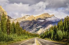 The Canadian Rockies serve up one of the most serene backdrops for a drive around as you travel the 144 miles of asphalt between Banff and Jasper National Parks.