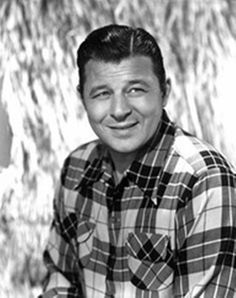 Jack Carson was a Canadian-born U. Jack Carson was one of the most popular character actors during the golden age of Hollywood. Old Hollywood Stars, Old Hollywood Movies, Hollywood Actor, Golden Age Of Hollywood, Classic Hollywood, Hollywood Icons, Sean Penn, Catherine Deneuve, Classic Movie Stars
