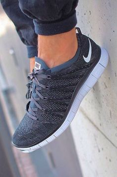Pick it up! Nike shoes outlet and are just for $21.9 !