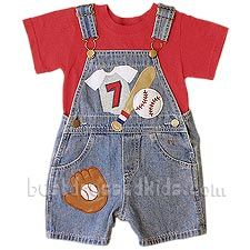 And it's one… two… three strikes, you're out at the old ball game! This shortall is a joy ride. Baseball appliqué's of bats and balls and gloves give it that American pastime theme. It even features full grippers for easy changing! Batter up!