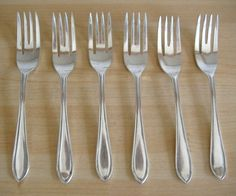 SET OF 6 SILVER PLATED PASTRY/CAKE FORKS