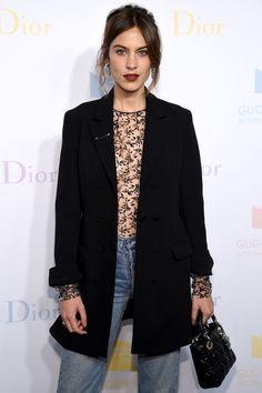 Alexa Chung en 2016 en la Guggenheim International Pre-Party de Dior en Nueva York (Dimitrios Kambouris – Getty Images)