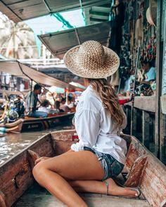 Thailand 10 Day Itinerary: Bangkok, Koh Samui, Chiang Mai Visiting the floating market in Bangkok. Find the perfect 10 day Thailand itinerary here! Thailand Travel Backpacking, Laos Travel, Thailand Travel Guide, Asia Travel, Beach Travel, Travel Packing, Koh Phangan, Chiang Mai Thailand, Bangkok Thailand