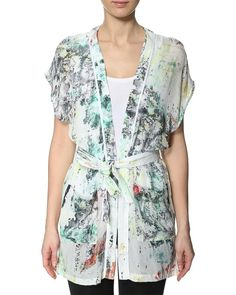 Do you love the kimono-trend this season?  Then take a good look at this beauty from Gestuz