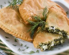 VISIT GREECE| Little spinach-pies