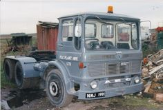 COL PHOTO PLC PLANT HIRE AEC MAMMOTH MAJOR TRACTOR UNIT - NMJ 19H #Notapplicable Old Lorries, London Transport, Commercial Vehicle, Vintage Trucks, Classic Trucks, Cool Trucks, Buses, Tractors, The Unit