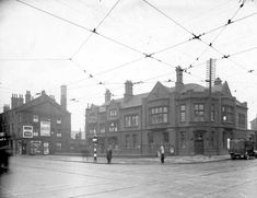 a photographic archive of Leeds - Display Police Box, Police Station, Leeds City, Industrial Architecture, My Town, Water Crafts, Old Pictures, Britain, Past