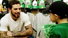 Tyler Seguin Confessions : crosbygiroux:   tyler being cute with kids!!!!