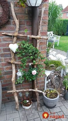 ✔ 38 cheap and easy landscaping ideas for front yard 20 – Diy Garden Garden Types, Garden Cottage, Garden Crafts, Pallet Garden Projects, Pallets Garden, Backyard Projects, Art Projects, Front Yard Landscaping, Mulch Landscaping