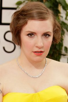 The 10 Golden Globes Beauty Looks That Will Inspire You All Year - Lena Dunham