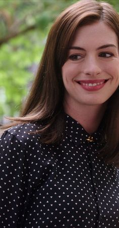 Still of Anne Hathaway in The Intern (2015)