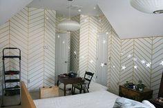 DIY Chevron Walls #Paint