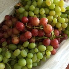 This mornings #farmersmarket score. #organic grapes from a local grower here by my house. So sweet and delicious! Heading to a second one right now to grab some other #fruits and #veggies. Happy Saturday! #California #californialiving #fresh #eatfresh #eathealthy #grapes #fitmom #fitfam #lowcarb #highprotein #losingweight #workinprogress #positiveliving #healthyfoods #healthyeating #healthyliving #inspiration #fatburning #healthychanges #juicing #blending #beinspired #noexcuses #summerloving…
