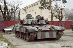 PT-91 Twardy Main Battle Tank (Poland)