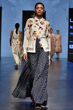 Tahweave Featuring an off white shirt in cotton base with multi colored floral prints. Floral Print Shirt, Floral Prints, Celebrity Closets, Indian Fashion Designers, Pernia Pop Up Shop, White Shirts, Summer Wear, Designer Wear, Indian Outfits