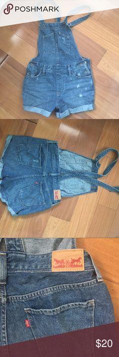 Vintage Levi's overalls. Size 26 Vintage lexis overalls. Size 26 Levi's Jeans Overalls