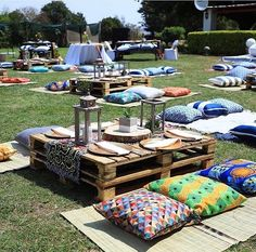 Everything African everything beautiful as seen in the pictures. we are good with Ankara fabrics African Interior Design, Decor Interior Design, Interior Decorating, Interior Ideas, Bohemian Party Decorations, Bridal Shower Decorations, Furniture Decor, Outdoor Furniture Sets, Pallet Furniture