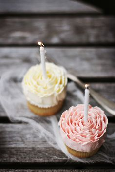 cupcakes with frosting as flower petals