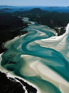 WHITEHAVEN BEACH | WHITSUNDAY ISLAND | THE WHITSUNDAYS | QUEENSLAND | AUSTRALIA