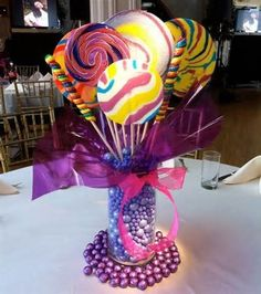 Candy centerpiece ideas are great decoration that you can use on your room. Selecting the right candy centerpiece should be based on the candy appearance and the dominant color that exist on your house. Lollipop Centerpiece, Centerpiece Ideas, Tall Centerpiece, Bat Mitzvah Centerpieces, Candy Centerpieces Wedding, Candy Land Theme, Old Fashioned Candy, Custom Candy, Candy Bouquet