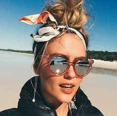 So chic- head scarf+updo - fashion blogger - steph clare smith