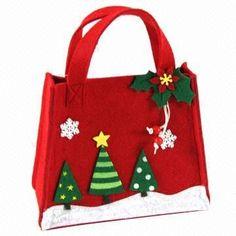 navidad Christmas Gift Bags, Christmas Bags, Christmas Goodies, Felt Christmas, Christmas Projects, All Things Christmas, Holiday Crafts, Christmas Stockings, Xmas