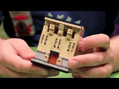 How to Build a LEGO House (microscale building) What will you make? A LEGO house? Library? An entire LEGO city block?! LEGOLAND Discovery Center Chicago's Master Model Builder, David Howard, shows you how to apply the microbuilding technique to create a LEGO city. David starts with a base and builds up to create his LEGO building. What will yours look like?