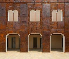 Palazzo Vigonovo in Venice - facade restoration using Corten steel by Phillippe Daverio and Giorgio-Milani