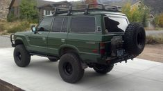 Toyota Land Cruiser FJ60. Would love to find one for a project car. Perfect offroad adventure vehicle and they run forever