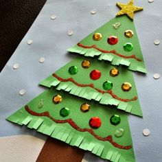 Christmas Tree Circles- kid crafts.