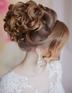 Wedding Hair Updos 2019 Drop Dead Gorgeous Curly Wedding Updos Mon Cheri Bridals Of 98 Awesome Wedding Hair Updos 2019 Wedding Hair And Makeup, Wedding Updo, Bridal Hair, Casual Wedding, Braided Hairstyles For Wedding, Bride Hairstyles, Stylish Hairstyles, School Hairstyles, Beautiful Hairstyles