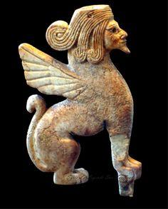 1600 B.C in Louver Museum - from Syria Katana  سوريا ~قطنا ~ المشرفة~ تمثال لثور مجنح برأس إنسان ملتحي  ١٦٠٠ قبل الميلاد  متحف اللوفر
