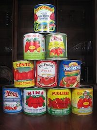 Google Image Result for http://www.pasta-recipes-by-italians.com/images/1canned-tomato-stack.jpg