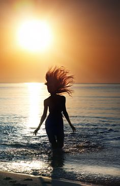 Summer fun. [ Waterbabiesbikini.com ] #summer #bikini #elegance