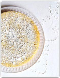 ... a summery lemon cake. Perfection!