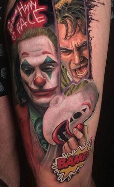 Joker tattoo is probably one of the most popular tattoos among the comic fans. People are fascinated by the Joker. Star Wars Tattoo, Star Tattoos, Sleeve Tattoos, Game Tattoos, Deadpool Tattoo, Batman Tattoo, Joker Film, Joker Art, Harley Quinn Tattoo