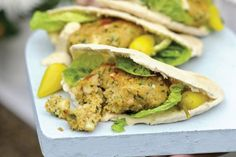 A great low-calorie recipe for vegetarians. A hearty chickpea burger stuffed into a pitta pocket. For a smoky flavour, try cooking these easy-to-make falafel on the BBQ then serve in warm pitta with traditional pickled chillies Burger Recipes, Veggie Recipes, Savoury Recipes, Olive Recipes, Top Recipes, Vegetable Dishes, Yummy Recipes, Diet Recipes, Healthy Recipes