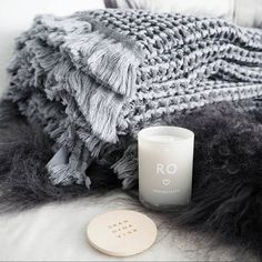 For those of you still in the SNOW...think blankets and RO! www.SKANDINAVISK-USA.com (Photo by @tanyesha)