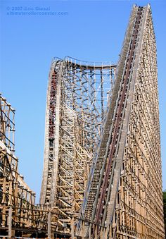 El Toro Lift Hill & First Drop, Six Flags Great Adventure (done) so scary!